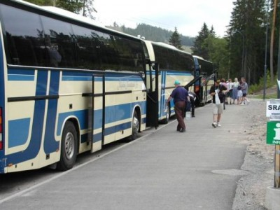 Buses back to Helsinki (N6TV photo)